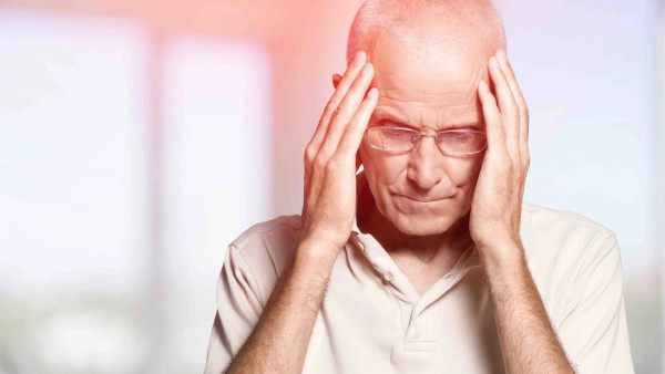 Невролог перечислил необычные симптомы инсульта