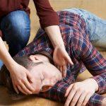 Что делать, если у кого-то случается эпилептический приступ?